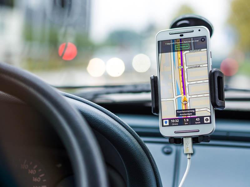 Ampliação da cobertura de celular nas estradas brasileiras