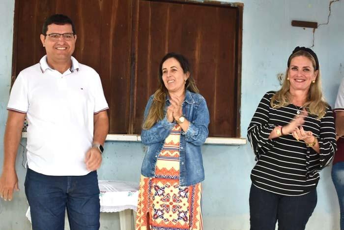 Prefeito de Guanambi ouve demandas na zona rural