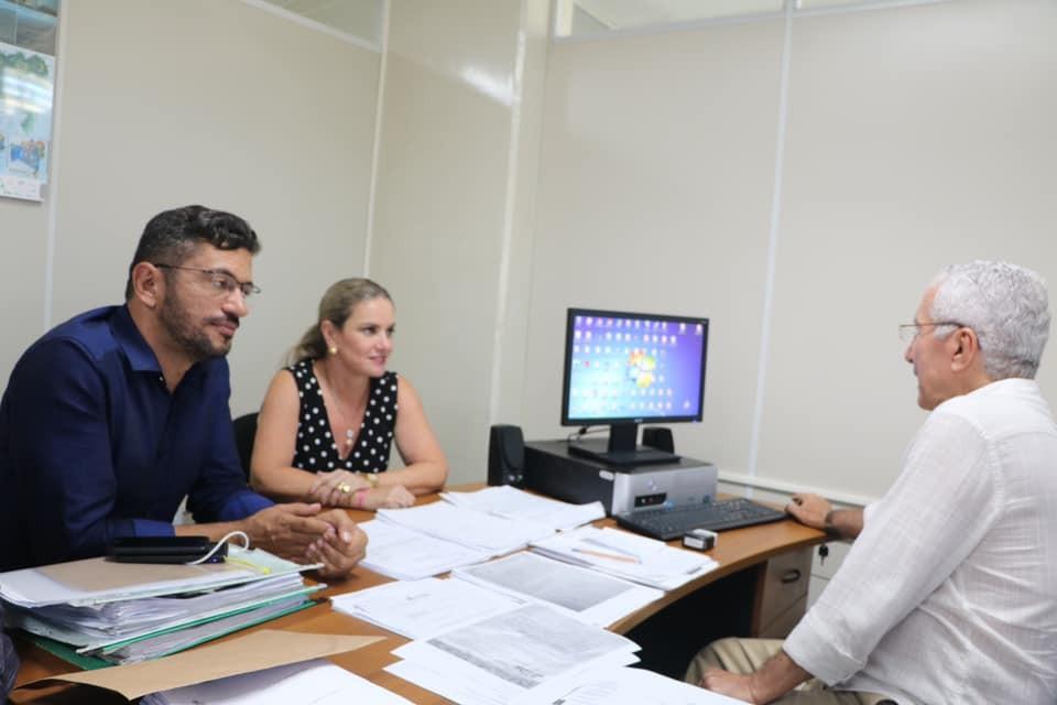 Ivana Bastos e prefeito de Iuiu cumprem agenda de trabalho em Salvador