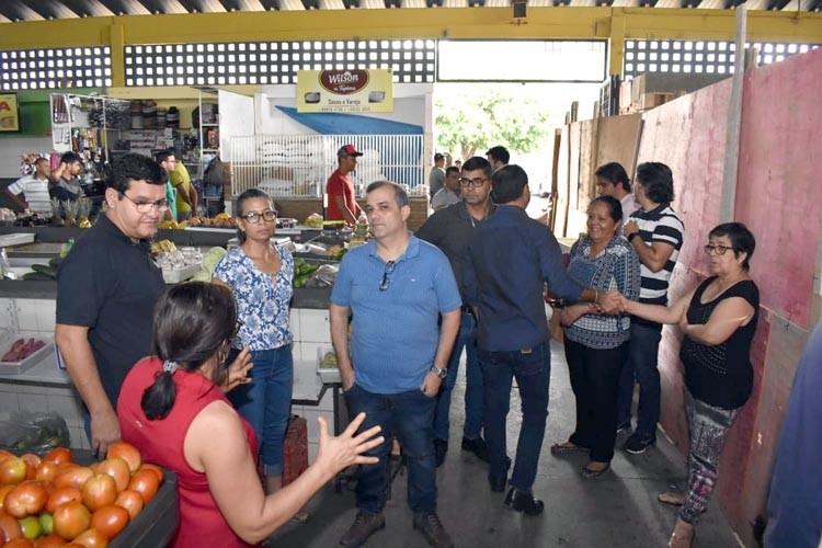 Prefeitura investe na requalificação do setor de hortifrutigranjeiros do Mercado Municipal