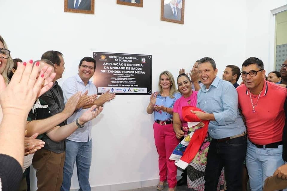 Ivana participa da entrega de importantes obras e serviços para Guanambi