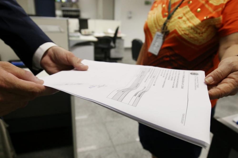 Justiça Federal autoriza implantação de barreira sanitária nos aeroportos da Bahia