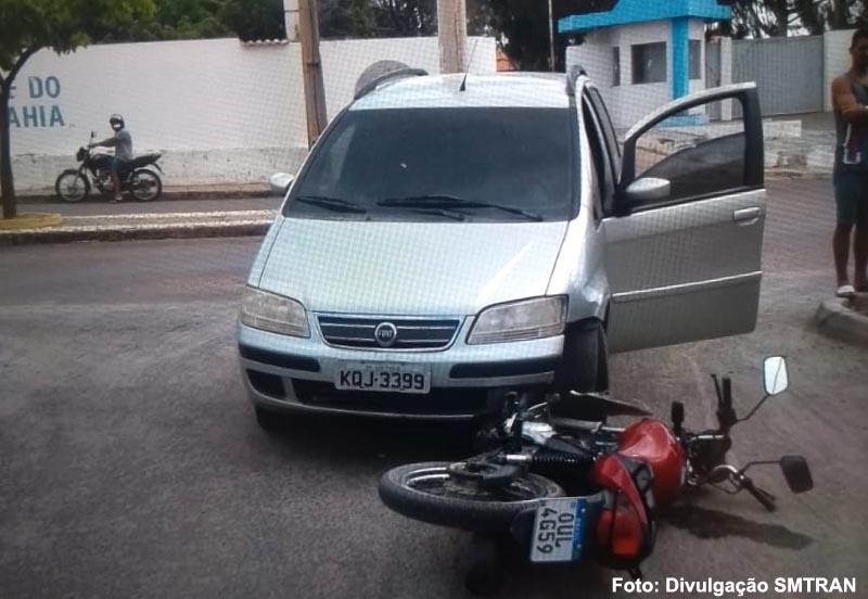 Guanambi: Acidente próximo a UNEB deixa motociclista ferido