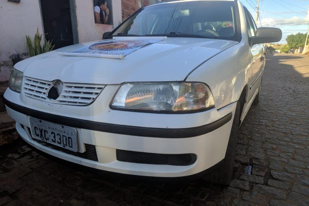 Operação da Polícia Militar prende em flagrante indivíduo que comercializava carros clonados em Caculé