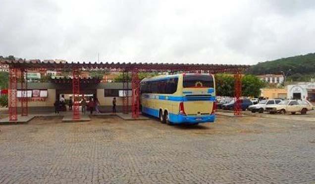 Caetité e mais 10 cidades baianas têm transporte suspenso; total chega a 182