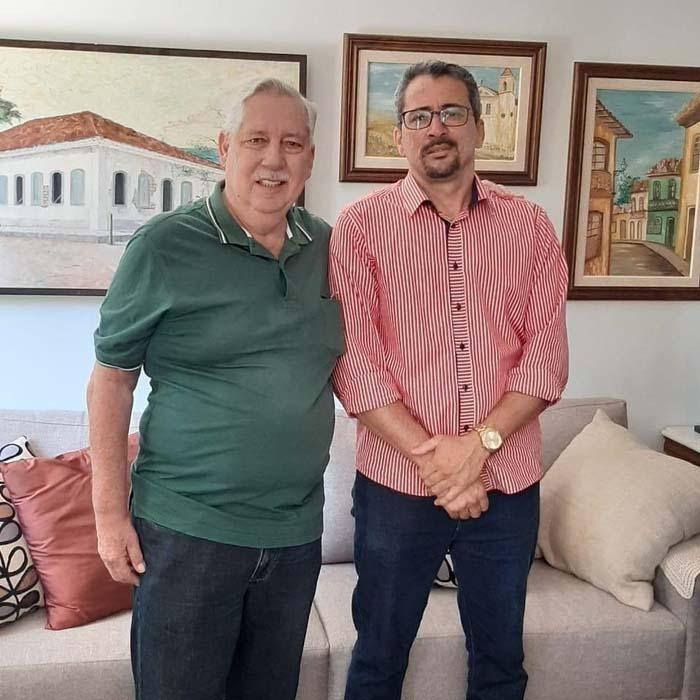 Guanambi: Assessor de comunicação da prefeitura de Guanambi, João Roberto confirma apoio a Nilo Coelho