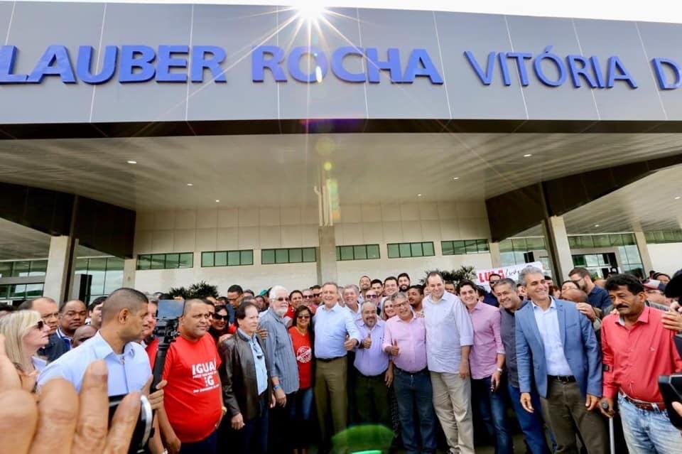 Ivana participa de inauguração da 11ª Policlínica Regional de Saúde em Vitória da Conquista