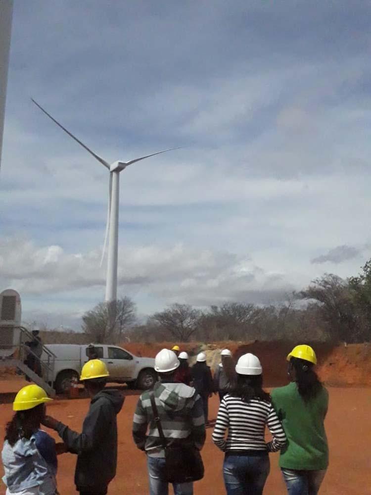 Alunos de escola pública visitam o Complexo Alto Sertão II em ação do projeto Pulsar