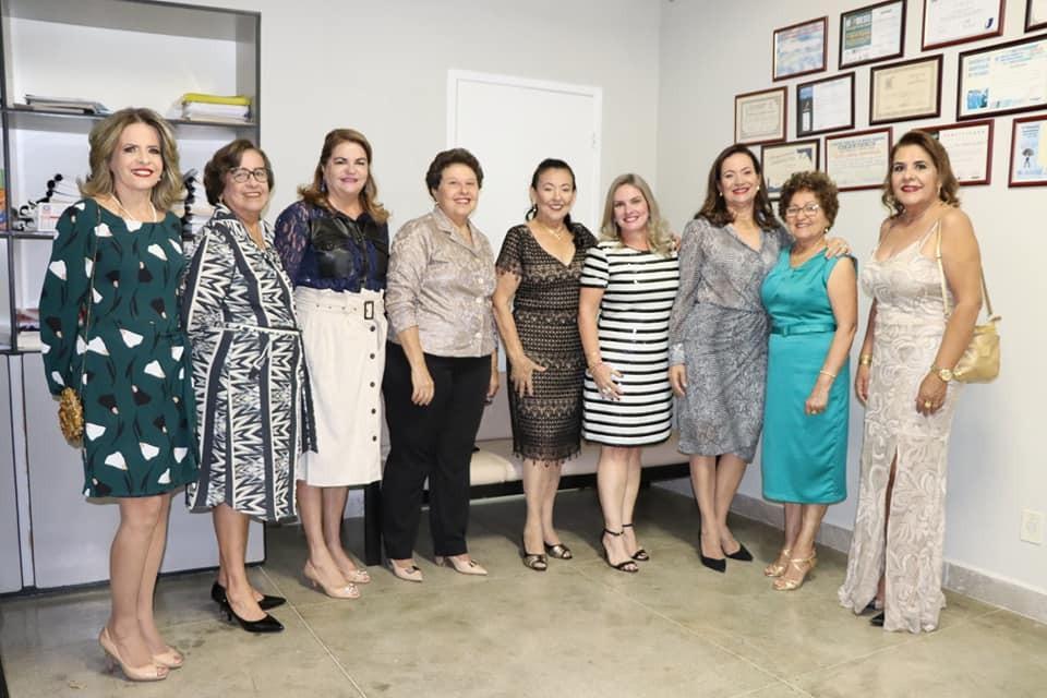 Ivana Bastos é homenageada em livro que traz a história de mulheres de Guanambi