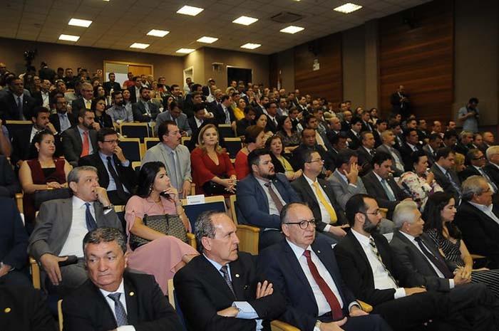 Novo diretor-presidente da Codevasf toma posse em Brasília