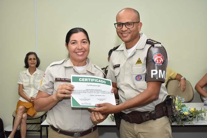 Parceria capacita Policiais e Agentes para melhor atendimento a deficientes auditivos no trânsito
