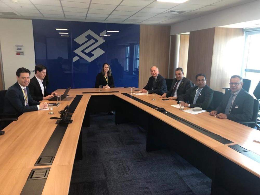 Charles se reúne com lideranças de Rio do Antônio em encontro com diretores do Banco do Brasil