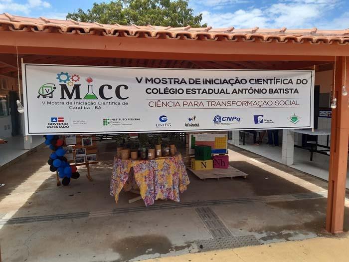 Colégio Estadual Antônio Batista em Candiba realiza a V mostra de iniciação científica
