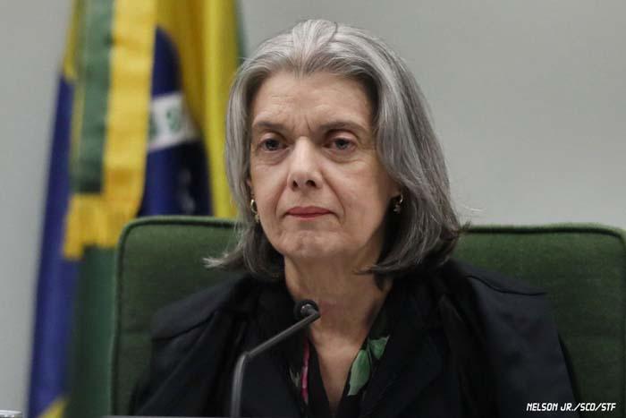 Cármen Lúcia manda TRF-4 soltar presos por condenação em 2ª instância
