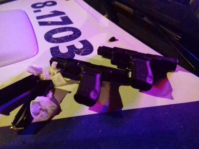Um suspeito morre e outro fica ferido ao trocar tiros com policiais em Guanambi